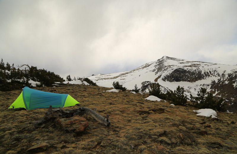 Warmlite custom 2 person, 4 season tent in green andblue